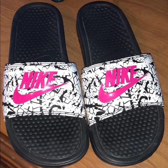 nike women's slides size 9